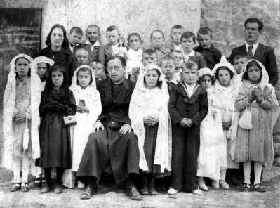 ALGUNAS DE LAS FOTOS (11). La primera comunión